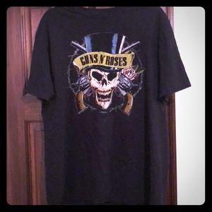 Men's Guns N' Roses t-shirt